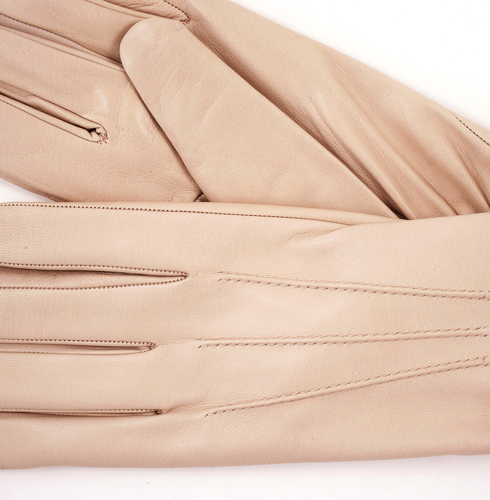 Womens beige leather gloves - Womens Beige Leather Gloves 3